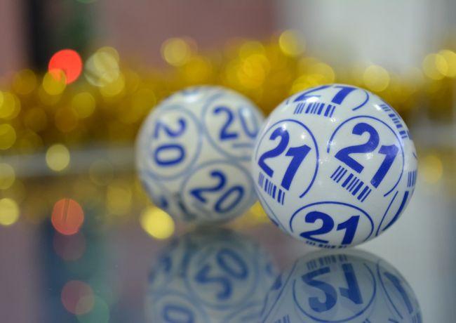 Online Sneeuwballen bingo vanuit Maren-Kessel