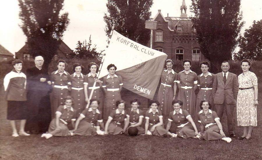 Foto-expositie 'Sportief Ravenstein in vorige eeuw'