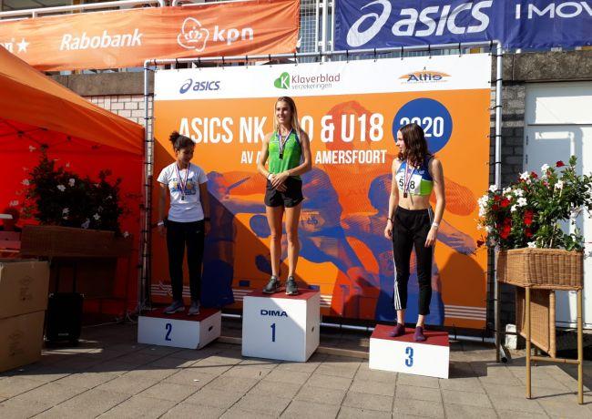 Goud voor Anne Knijnenburg op 800 meter bij NK atletiek